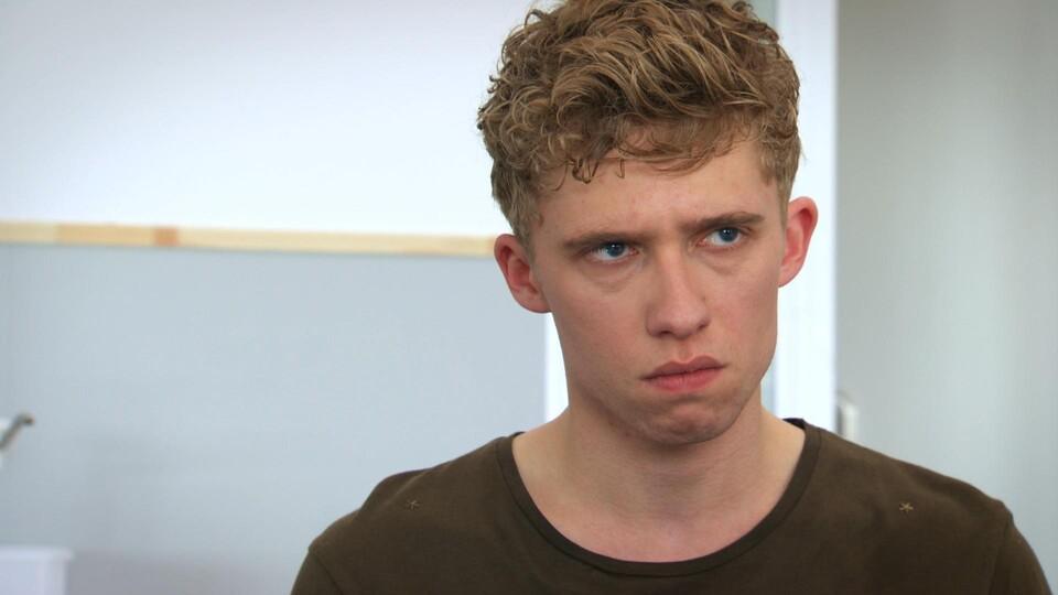 Screenshot van aflevering: Infantiel