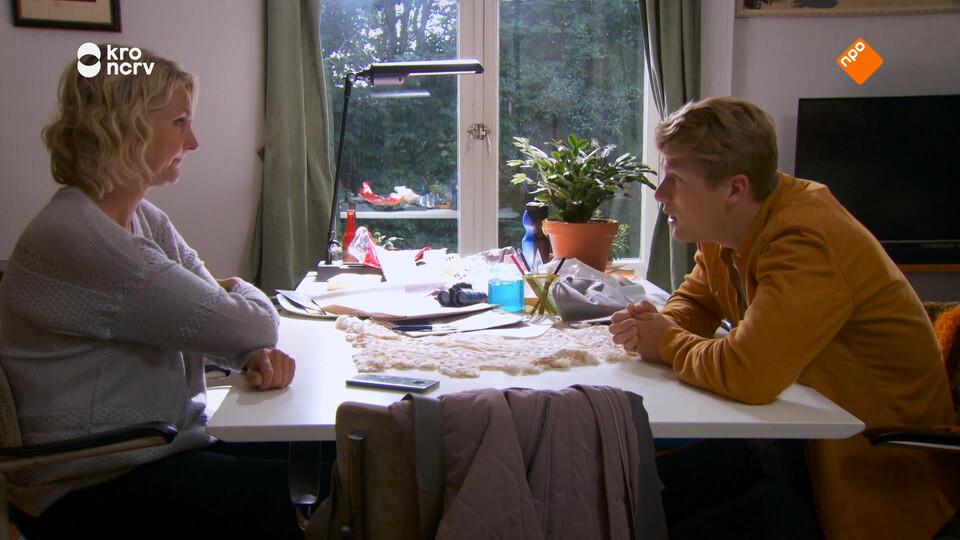 Screenshot van aflevering: Glansrol voor Damstra