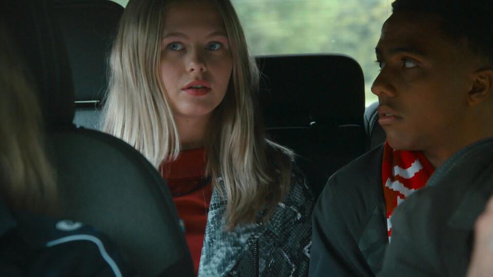 Screenshot van aflevering: Dirt