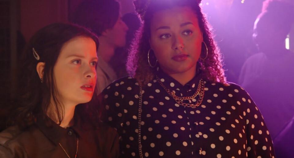 Screenshot van aflevering: Party crashers