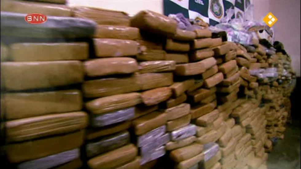 Spuiten En Slikken Op Reis - Griekenland & Oeganda