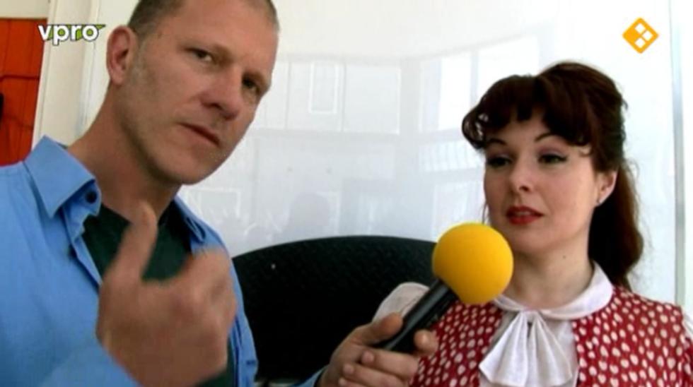 Omroep Maxim Alle Seizoenen - Met O.a. Een Burlesque Danseres Met Tepelkwastjes