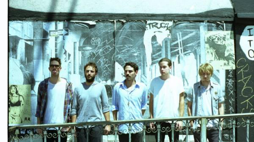 (Behind) Closed Doors - Local Natives (16 OKT '09)