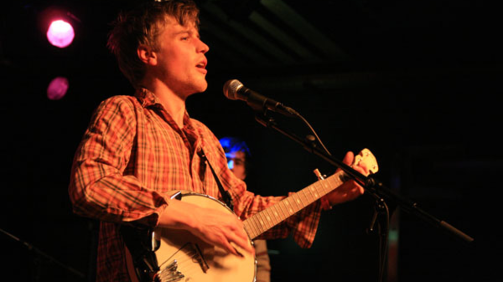 (Behind) Closed Doors - Johnny Flynn (Motel Mozaique 2010)