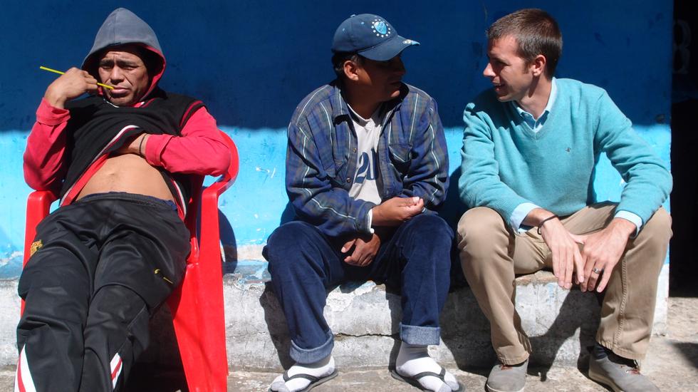 Amor Met Een Snor - Achter Boliviaanse Tralies