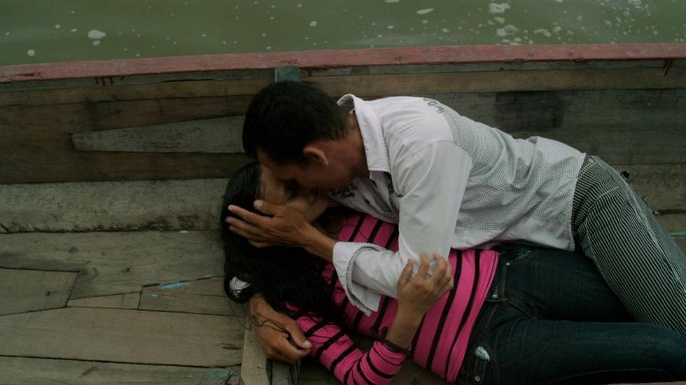 Amor Met Een Snor - Een Scheve Colombiaanse Schaats