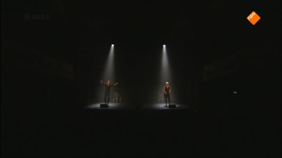 Cabaret Bij De Vara - Remko Vrijdag & Martine Sandifort: Hulphond
