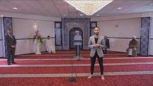 Moslims bidden voor verbinding