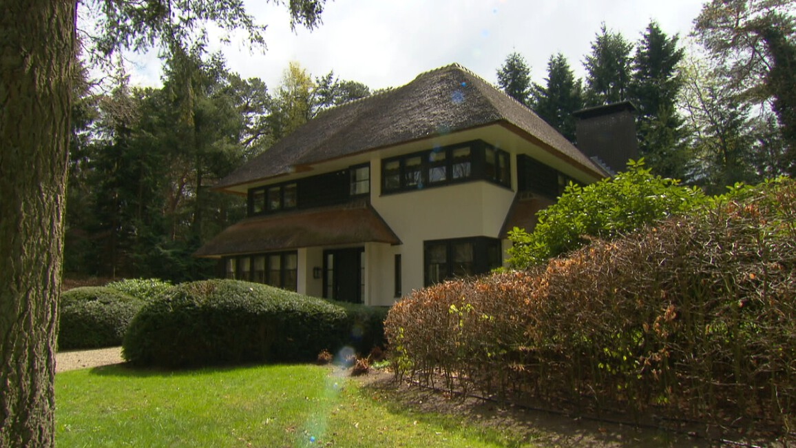 Stoere Bohemien Bungalow : Van bungalow naar droomhuis gemist? start met kijken op npo start